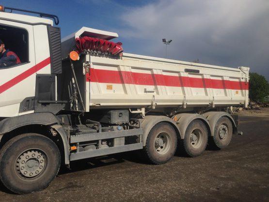 Camion-8x4-braquage-court-(20-Tonnes)2