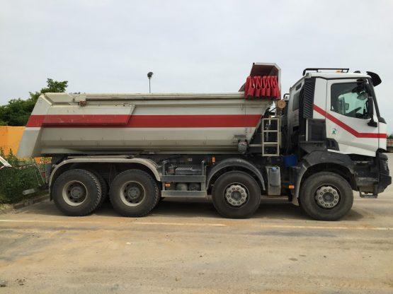 Camion-8x4-(20Tonnes)